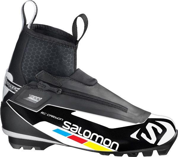 Pevnější konstrukce boty a zesílené části chrání nohu lyžaře před zraněním  i v nepředvídatelném terénu a zajišťují potřebnou stabilitu. bf109e1af1