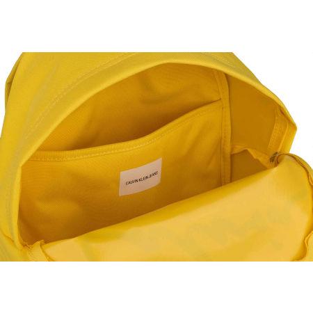 Dámsky mestský batoh - Calvin Klein SPORT ESSENTIALS CAMPUS BP35 - 4