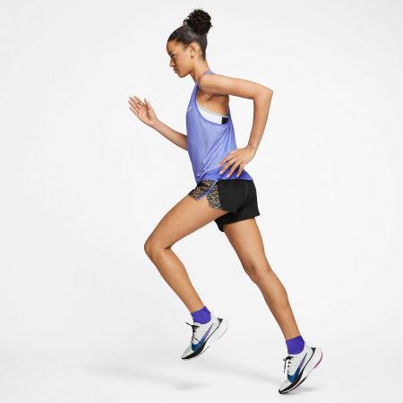 Дамски къси шорти - Nike ICNCLSH SHORT 10K W - 6