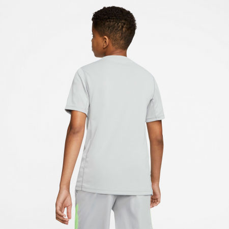 Chlapčenské športové tričko - Nike HBR + PERF TOP SS B - 4