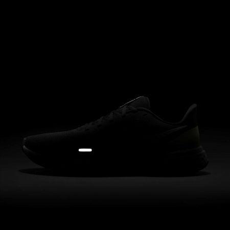 Men's running shoes - Nike REVOLUTION 5 - 6
