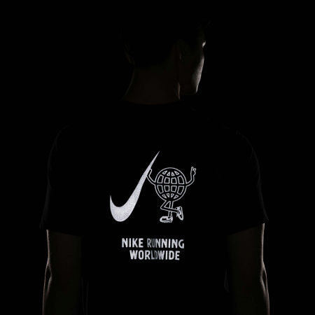 Men's running T-shirt - Nike DRY TEE WILD RUN GLOBEY M - 8