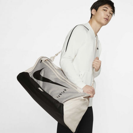 Спортна чанта - Nike BRASILIA 9.0M - 9