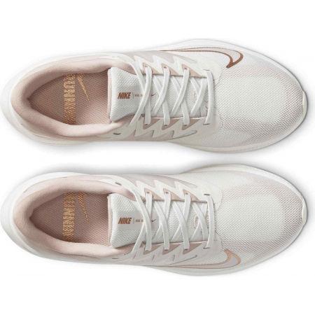 Дамски обувки за бягане - Nike QUEST 3 - 4