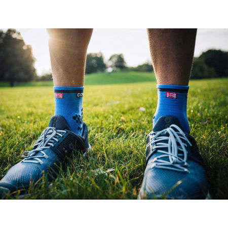 Чорапи за бягане - Compressport RACE V3.0 RUN HI - 10