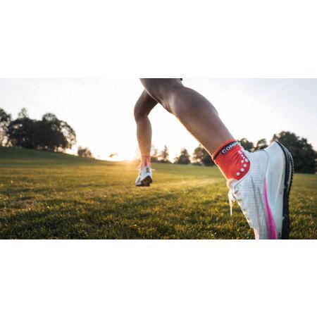 Running socks - Compressport RACE V3.0 RUN HI - 13