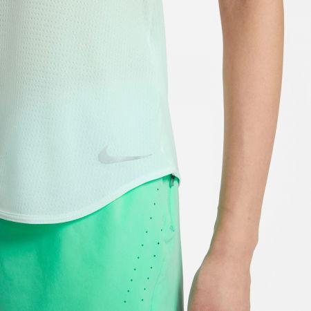 Dámské sportovní tričko - Nike BREATHE COOL - 5