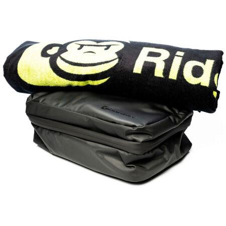 RIDGEMONKEY LX BATH TOWEL AND WEATHERPROOF SHOWER CADDY - Toiletry bag with a towel