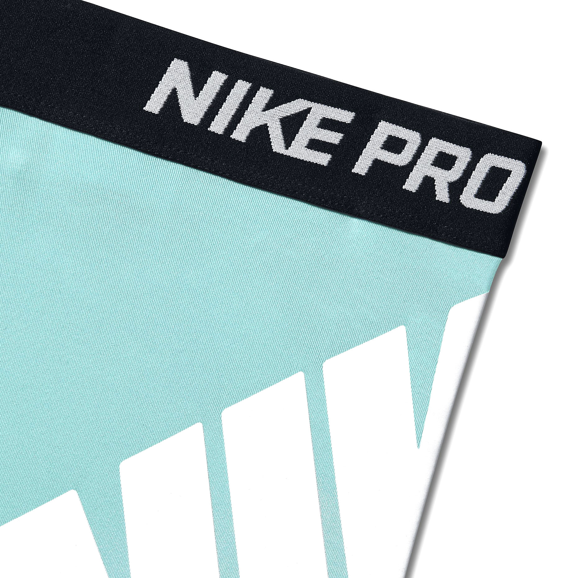 madera Vacilar Real  Nike PRO 3 LOGO SHORT   sportisimo.com