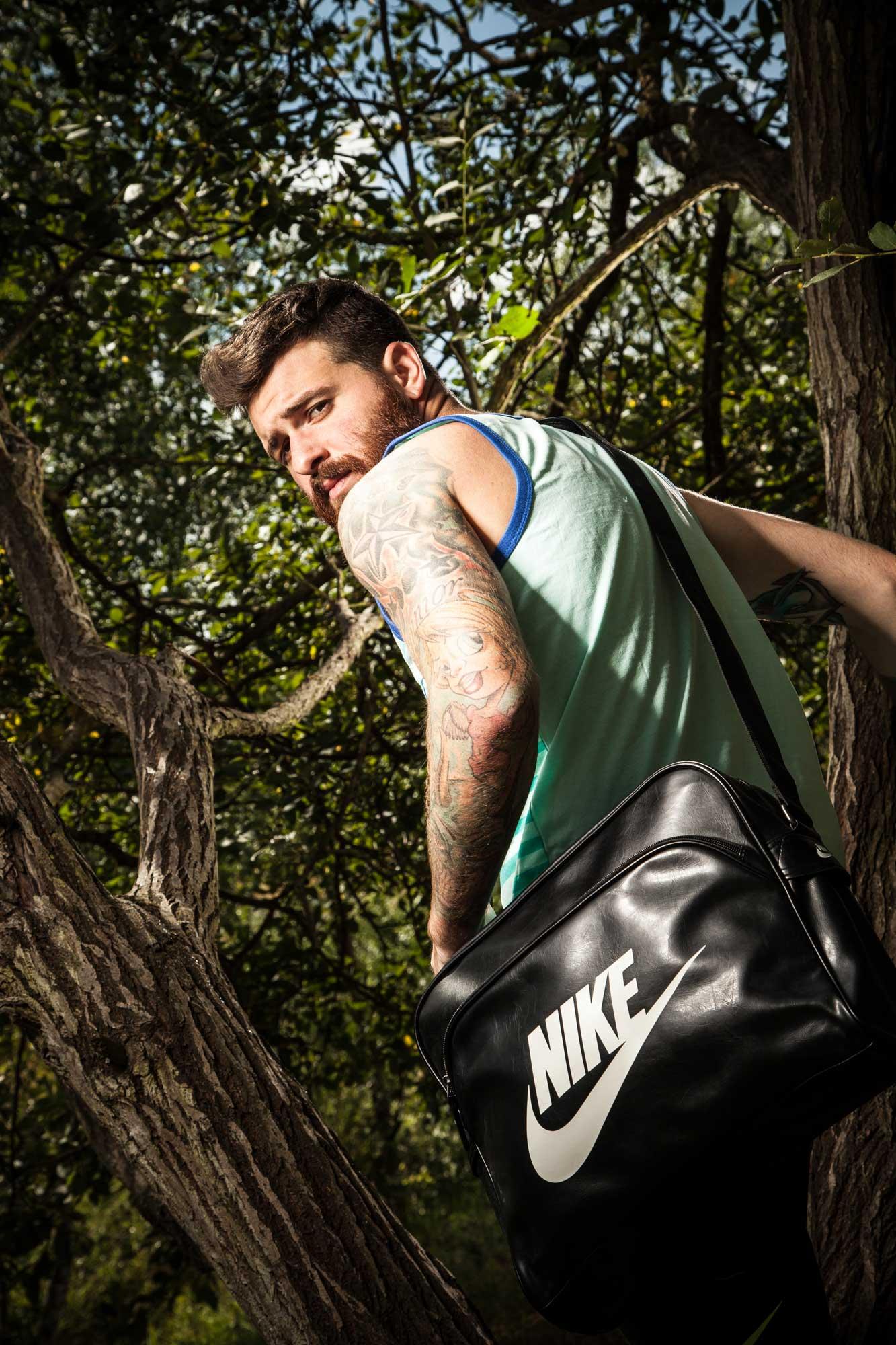 f95bbbedecdb Nike HERITAGE SI TRACK BAG