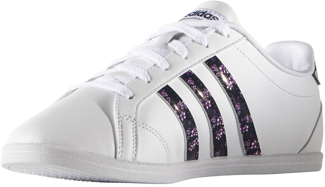Women's walking shoes