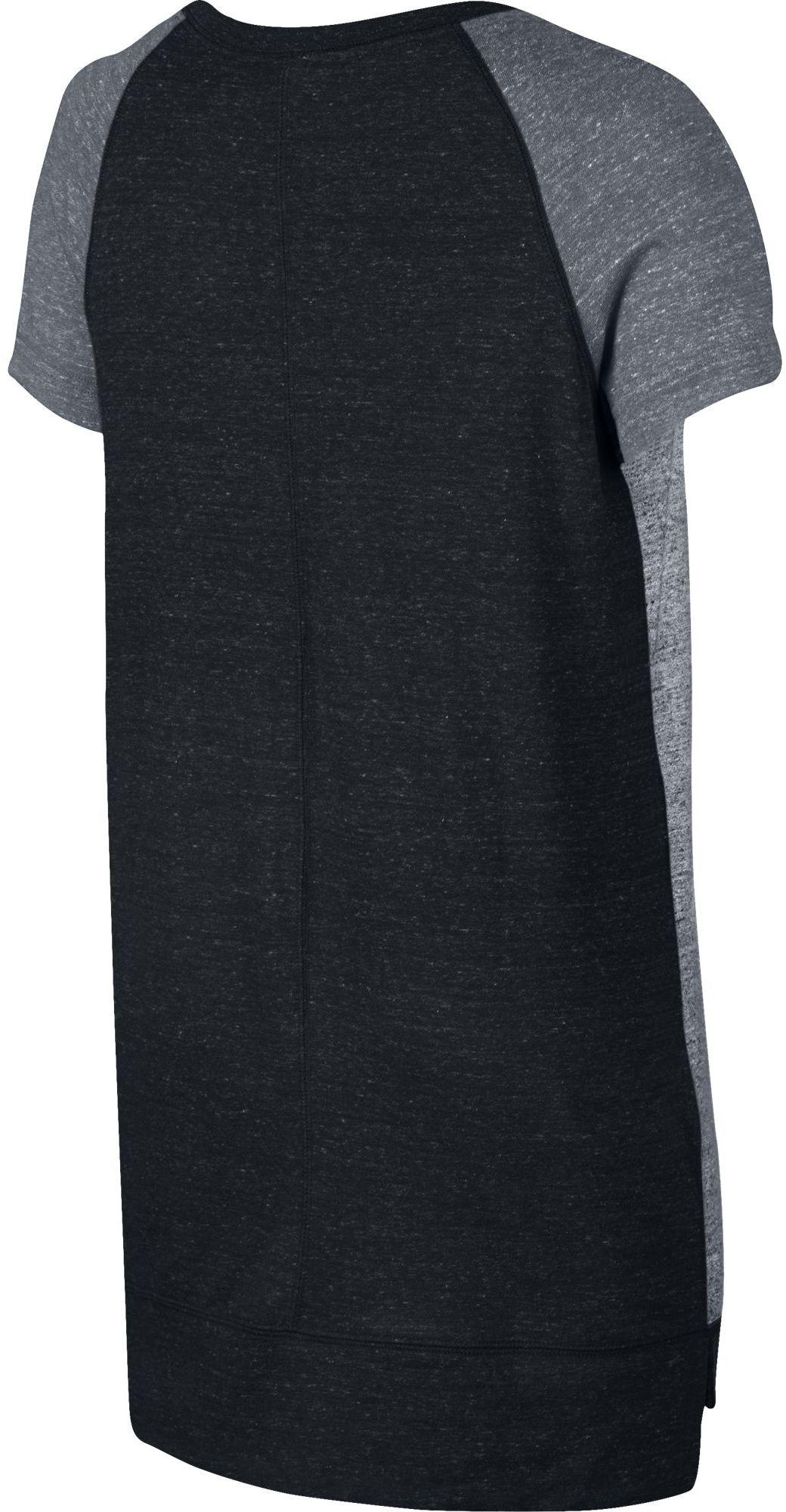 d37dd52a428e Nike W NSW GYM VINTAGE DRESS. Dámské tričko šaty. Dámské tričko šaty