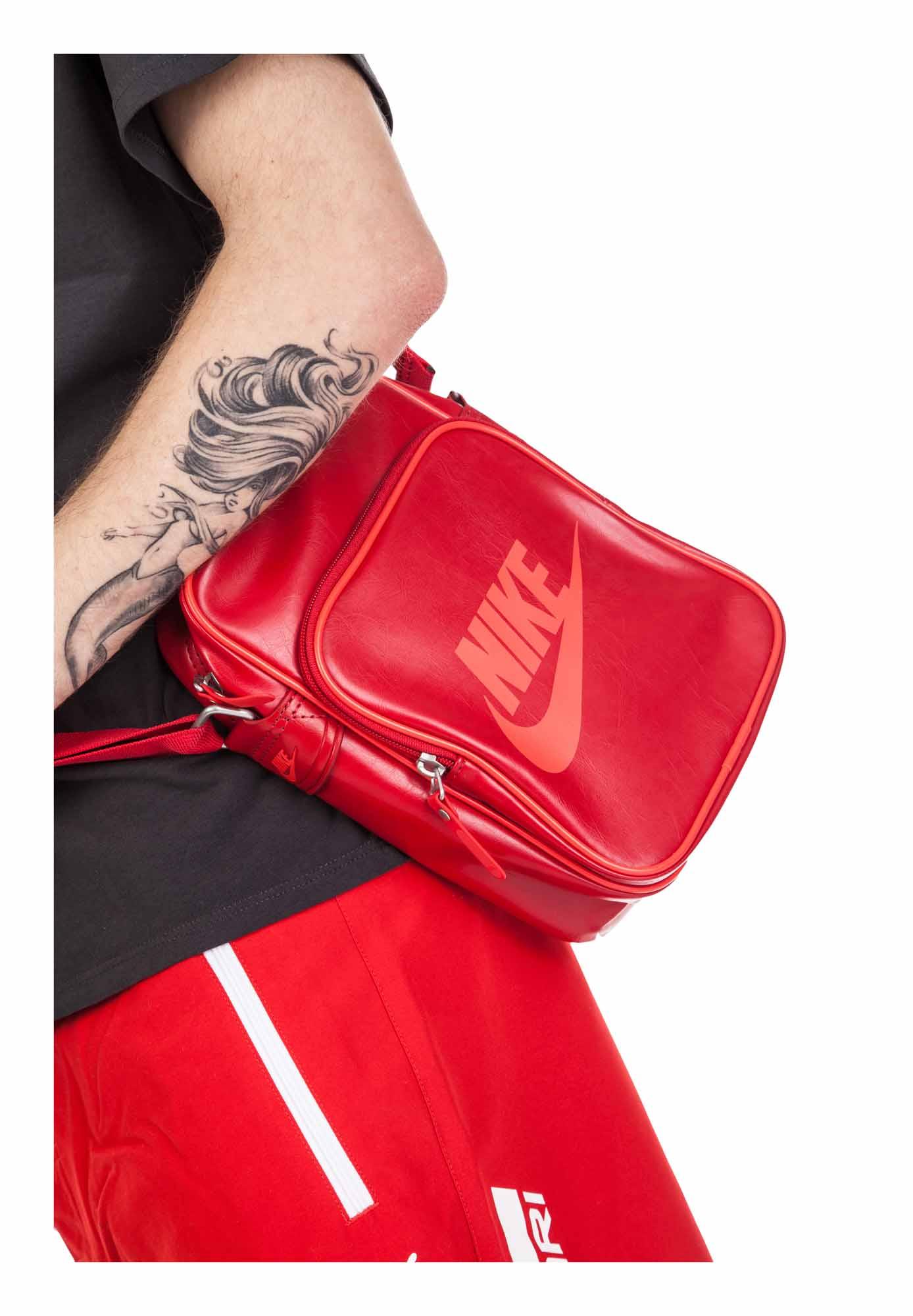 b6594b49b7 Nike HERITAGE SI SMALL ITEMS II. Dokladovka. Dokladovka. Dokladovka.  Dokladovka. Dokladovka. Dokladovka. Dokladovka. Dokladovka. Dokladovka