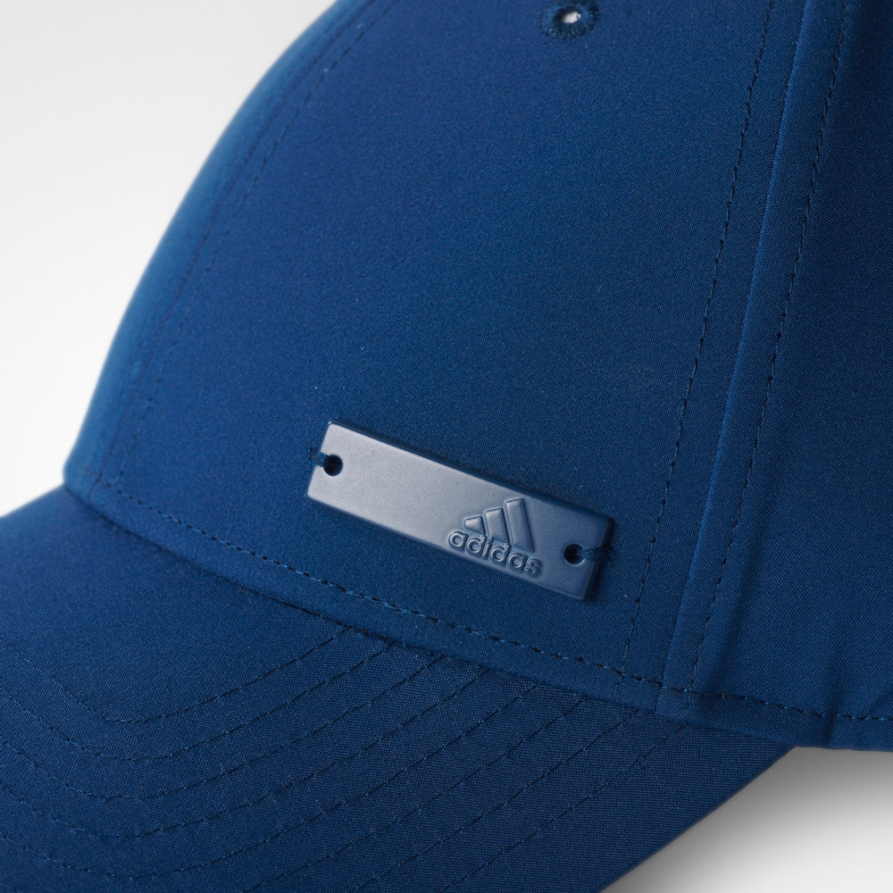 e41bc1d95 adidas 6 PANEL CLASSIC CAP LIGHTWEIGHT METAL BADGE | sportisimo.sk