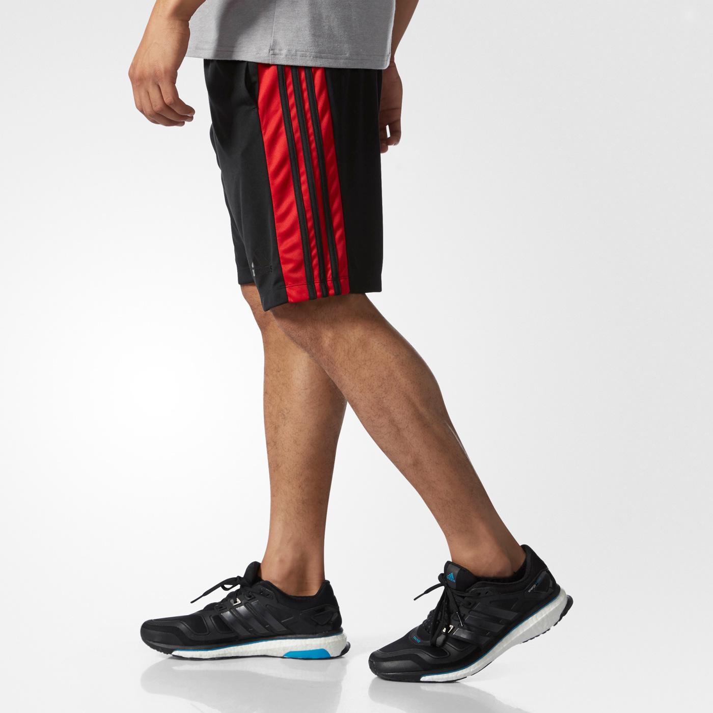 adidas DESIGN 2 MOVE SHORT 3 STRIPES  8ffe3ed16ee