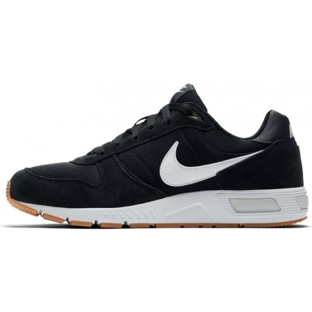 Men's leisure shoes - Nike NIGHTGAZER SHOE - 2