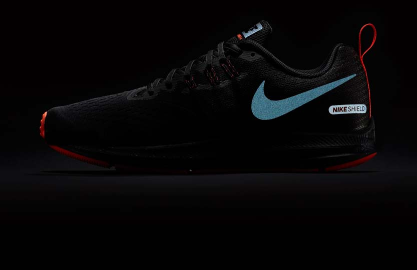 Nike AIR ZOOM WINFLO 4 SHIELD M |