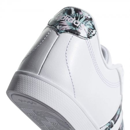 new product 4b934 3d5af Damen Lifestyle Schuh - adidas COURTSET W - 6