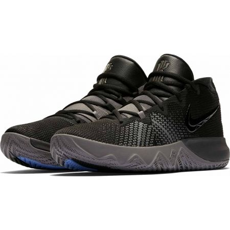 3211aa65b5 Men's basketball shoes - Nike KYRIE FLYTRAP - 3