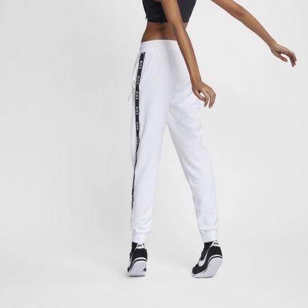Pantaloni trening de damă - Nike SPORTSWEAR PANT LOGO TAPE - 4