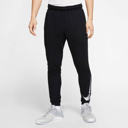 Pantaloni antrenament bărbați - Nike DRY PANT TAPER FLC GFX M - 3