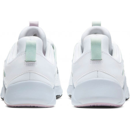Women's training shoe - Nike LEGEND ESSENTIAL W - 6