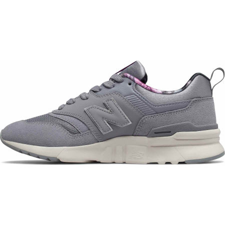 Women's leisure footwear - New Balance CW997HXA - 2