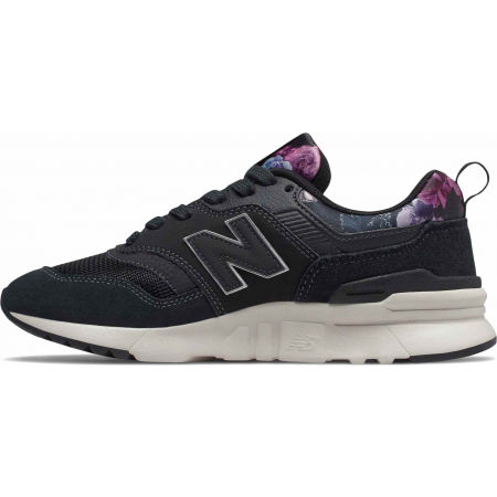 Women's leisure footwear - New Balance CW997HXG - 2