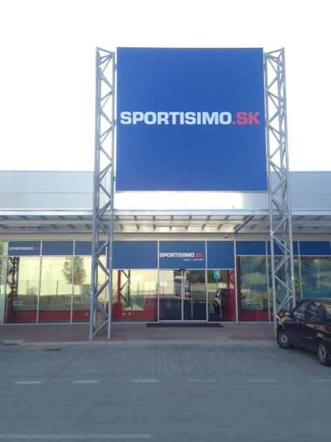 SPORTISIMO Komárno - Family Center