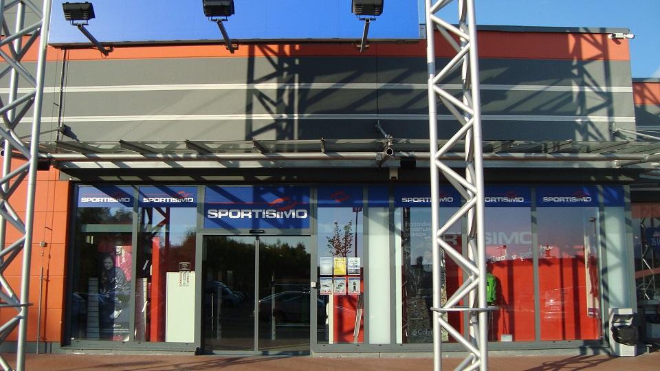 SPORTISIMO Chomutov : Obchodní zóna